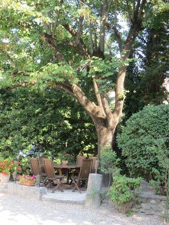 Le Cadran Solaire : Garden