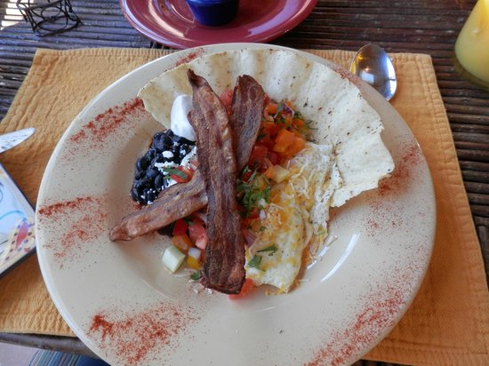 Adobe and Pines Inn B&B: Delicious breakfast