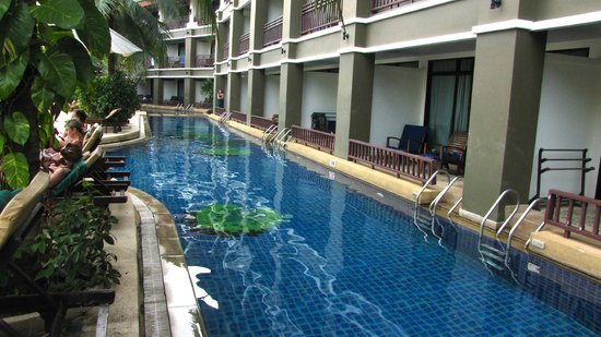 Alpina Phuket Nalina Resort & Spa: Pool frontage rooms