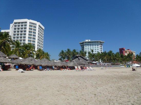 Sunscape Dorado Pacifico Ixtapa: View from the beach