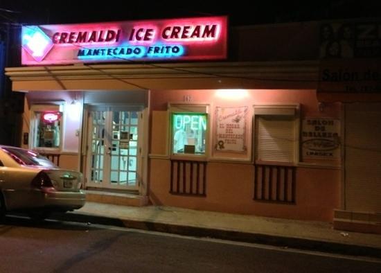 Cremaldi Ice Cream: store front