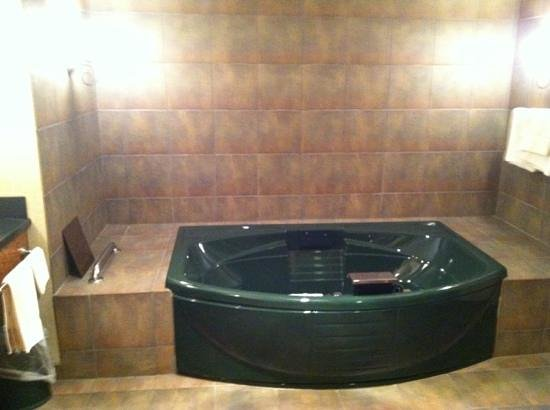 St. Croix Casino & Hotel Turtle Lake : jacuzzi tub