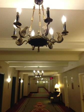 The Roosevelt Hotel: The wonderful lighting...