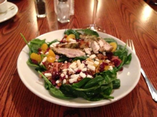 Minerva's Grill And Bar: cranberry walnuts, spinach salad. delicious dressing