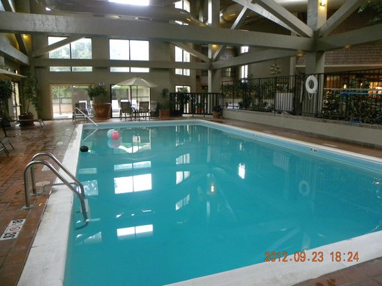Indoor Pool Picture Of The Academy Hotel Colorado Springs Colorado Springs Tripadvisor