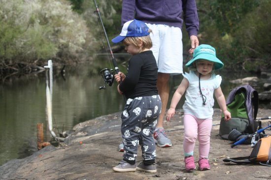 Clover Cottage Country Retreat: The kids fishing