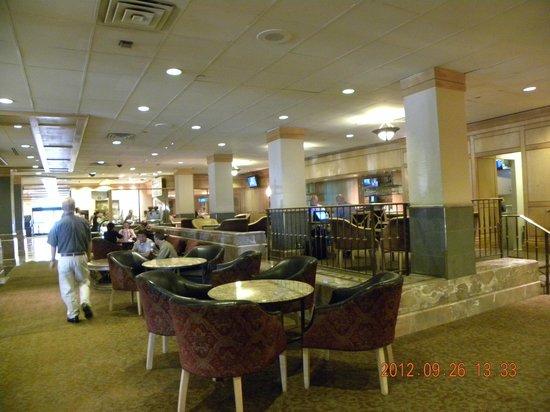 DoubleTree by Hilton Hotel Denver: Lobby