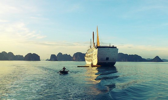 Indochina Sails - Day Tours