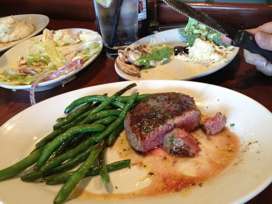 Ruby Tuesday: Petite Sirloin and Green Beans