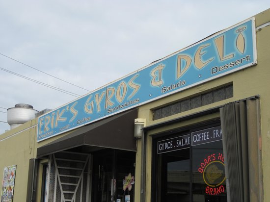 Erik's Gyros & International Deli: Erik's in Luquillo