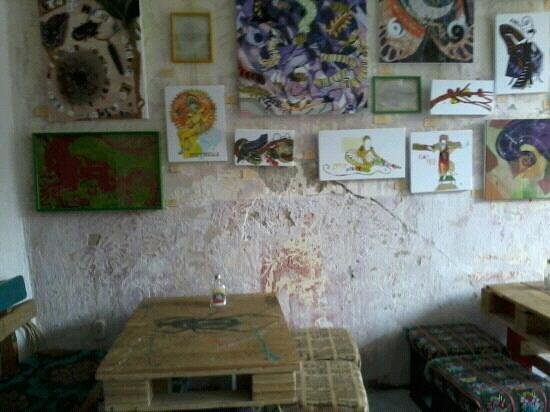 featured art at cafe urbano