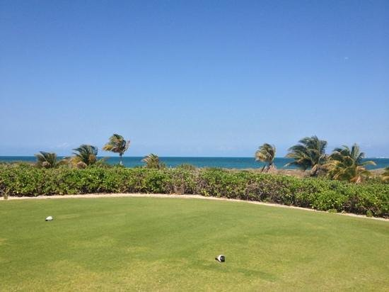Excellence Playa Mujeres: playa mujeres golf course