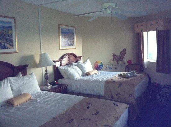 Carolinian Beach Resort: Bedroom