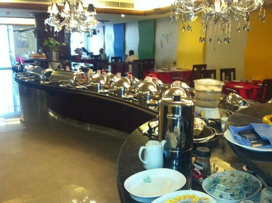 Rainbow Hotel: The breakfast buffet looks better than it tastes.