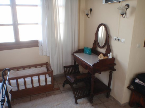 Veneto Suites: Τουαλέτα/χώρος εργασίας