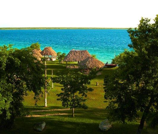 Ecocamping Yaxche: Una vista espectacular y una área hermosa para nadar