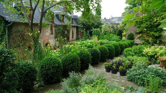 La Maison du Vert : Hotel grounds