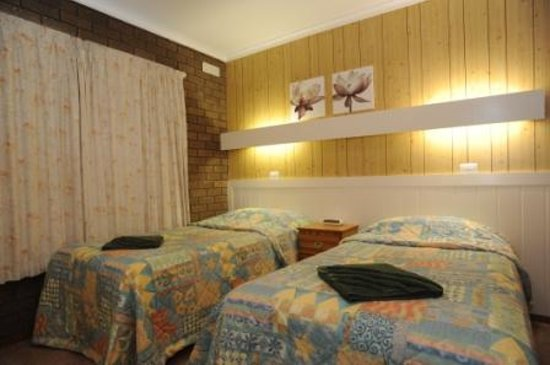 Sandpiper Holiday Apartments : Second bedroom for the children. This apartment not suitable for 4 adults