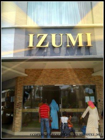 Izumi Hotel : exterior