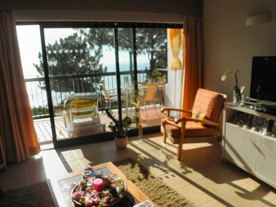 Alfagar Aldeamento Turistico: Living room