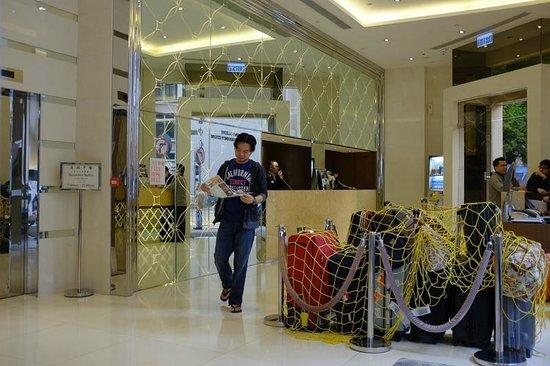 Silka Seaview Hotel: hotel lobby