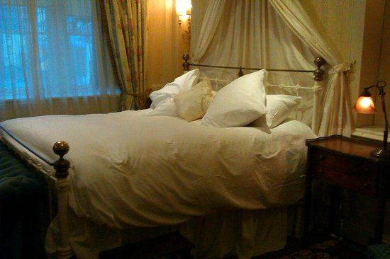 Osborne House: comfiest bed ever