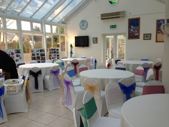 The Manor House Hotel: Conservatory before the party.