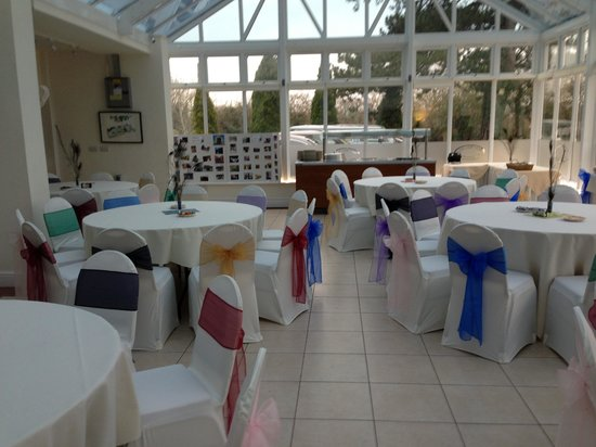 The Manor House Hotel: Conservatory