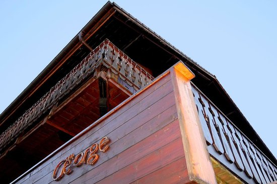 Chalet George - By Skiology : The chalet