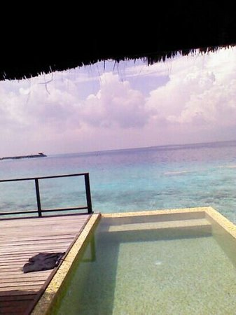 Coco Bodu Hithi: water villa march 2013