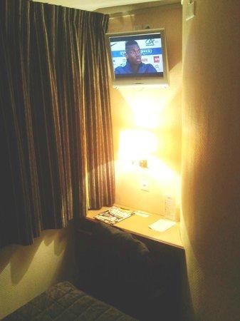 Qualys Hotel Apolonia Mouffetard Paris 5 : Chambre