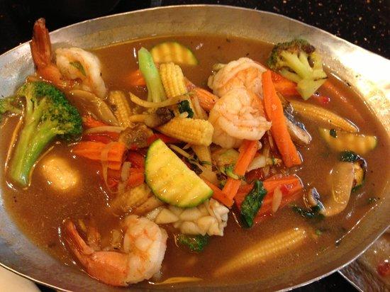 Ghin Khao Thai Food: Seafood Jungle Curry