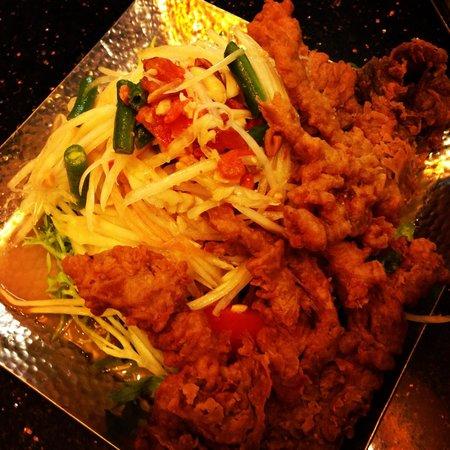 Ghin Khao Thai Food: Soft Shell Crab with Som Tum (Thai Papaya Salad)