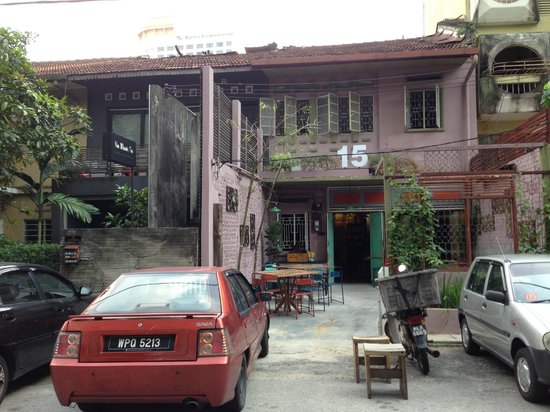 15 Jalan Mesui: Restaurant from outside