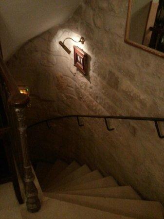 Hotel des Grands Hommes: Escalier RDC