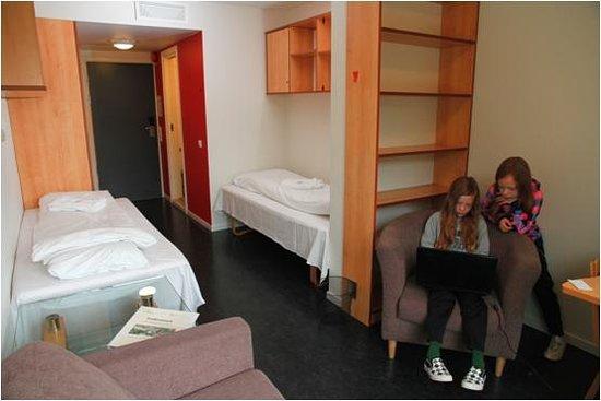Forde Hostel: Free Internet. Twin room.