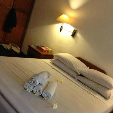 Dewi Sri Hotel: Dewi Sri Room