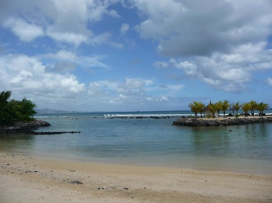 InterContinental Mauritius Resort Balaclava Fort: Beach