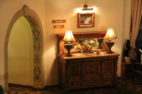 Enzian Inn: room decor