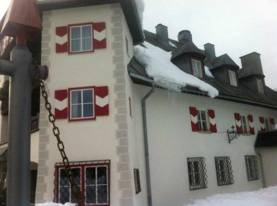 Schlosshotel Seewirt: Front side