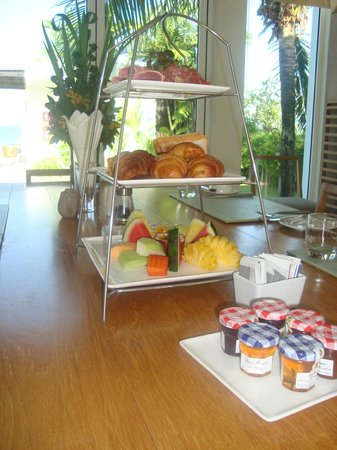 Aleenta Phuket Resort & Spa: Breakfast