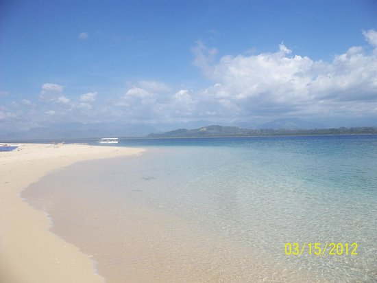 Pandan Island: The Beach