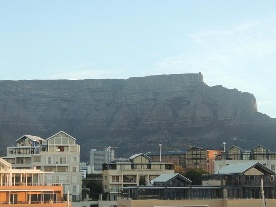 Cape Grace: table top mountain form our balcony