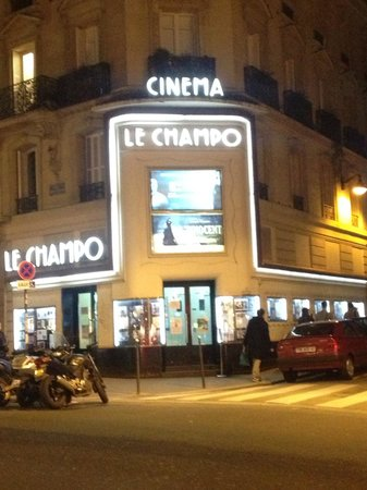Hotel Central Saint Germain: The cinema at the corner of rue Champollion and rue des Ecoles