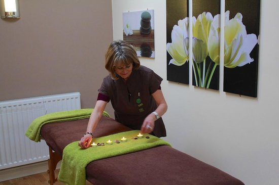 Greetham Retreat Holidays : We also offer holistic therapy treatments for guests staying at Greetham Retreat, Lincolnshire