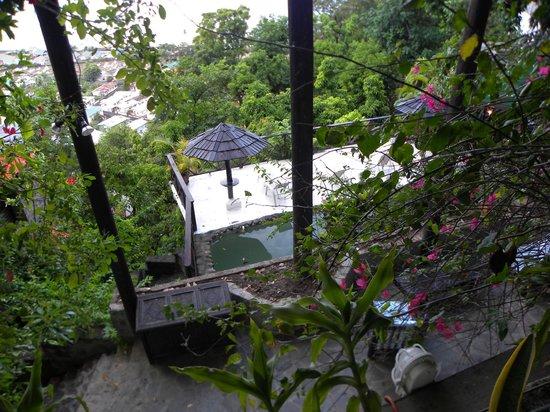 Mago Estate Hotel: Terrible swimming pool