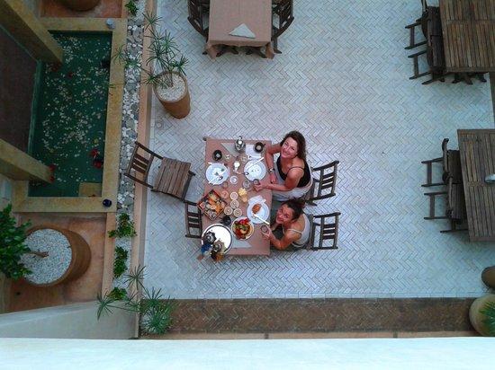Riad Samarine : La salle a manger pour le petit dejeuner