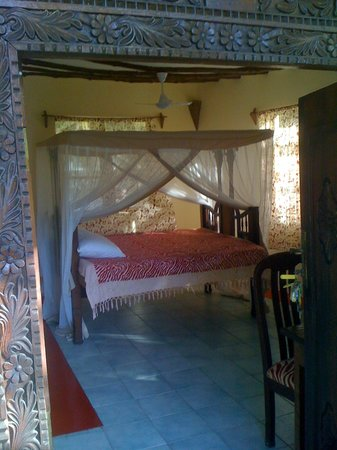 Sun and Seaview Bungalows: room