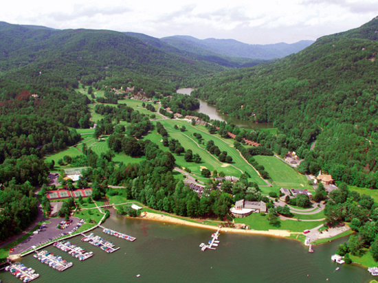 Rumbling Bald Resort on Lake Lure: Aerial view of Bald Mountain Golf Course