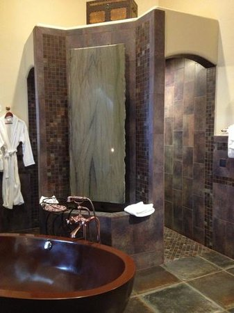 Della Terra Mountain Chateau: amazing suite